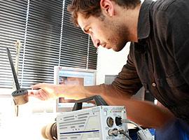 Caméra rapide (25 000 €) acquise en 2011 grâce à la taxe d'apprentissage. Elle est utilisée pour étudier des phénomènes de très courte durée