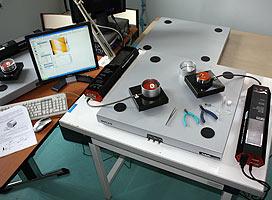 Vue du microscope à effet tunnel acquis grâce à la taxe d'apprentissage
